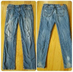Bullhead Distressed Boyfriend Jeans